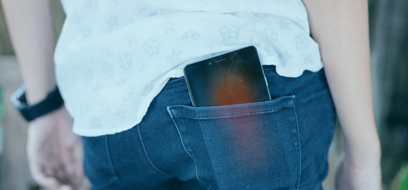 ¿Es normal el calentamiento del smartphone en el bolsillo?